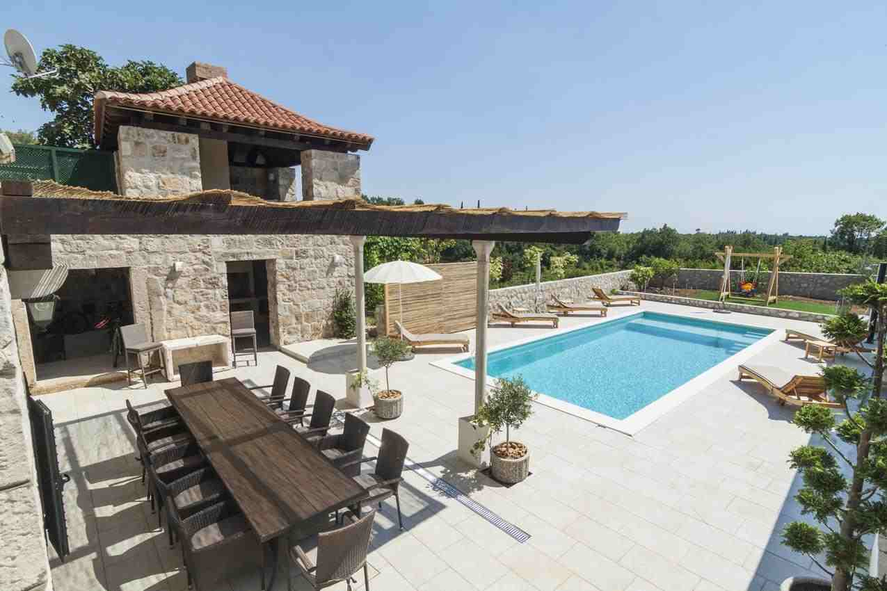 Chorvatsko luxusní vily s bazénem